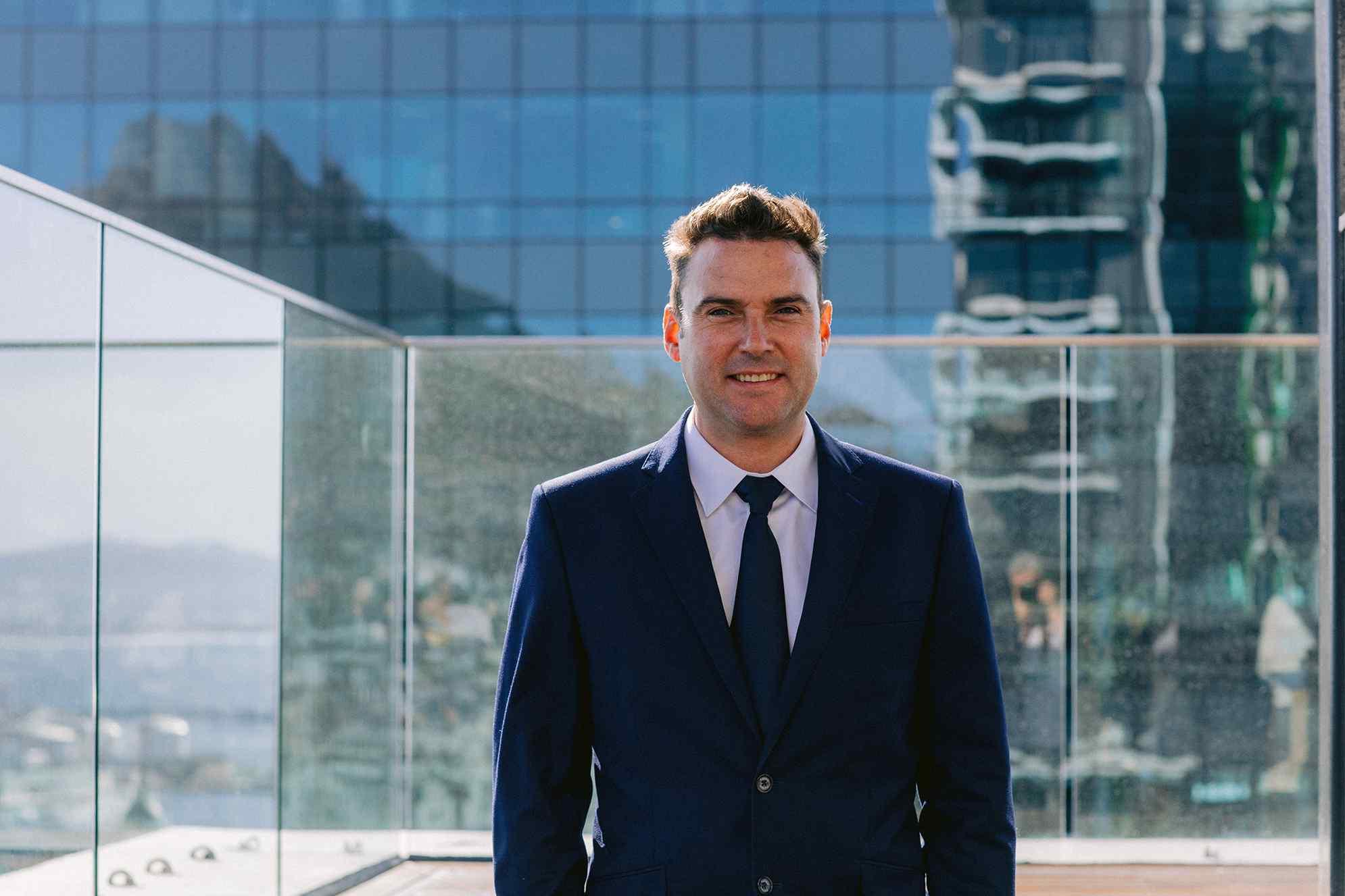 Daniel Fyfer Profile 2